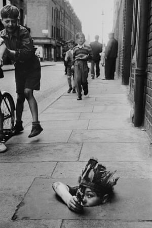 Thurston Hopkins frequently posed his most apparently spontaneous images.