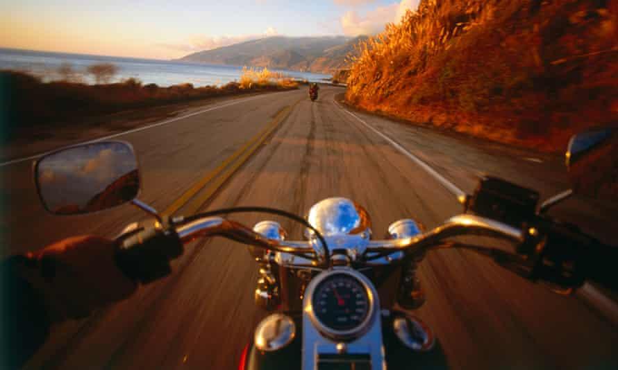 Riding on Harley Davidson, Highway 1, Big Sur, Kalifornien, USA