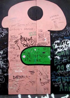 thierry noir fresco berlin wall