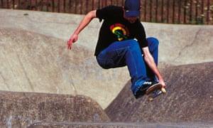 Rom skateboarding park - Snakerun