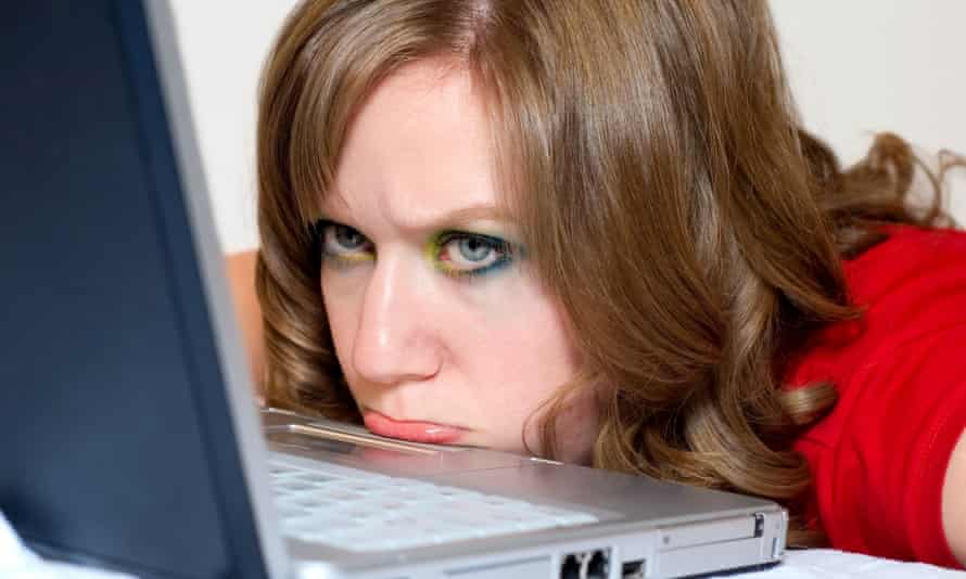woman computer frustrated