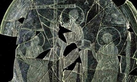 Glass plate depicted beardless Christ