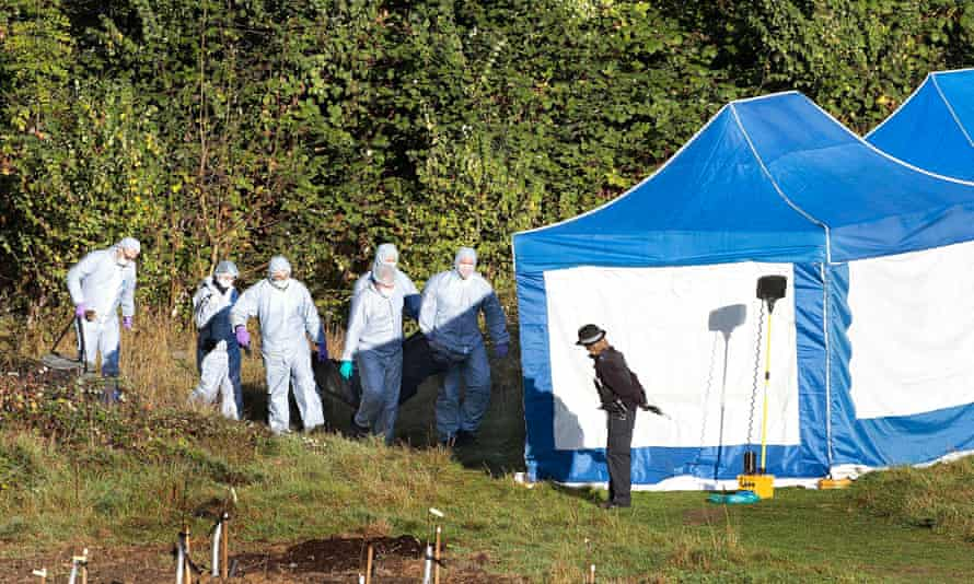 Alice Gross death: forensic officers