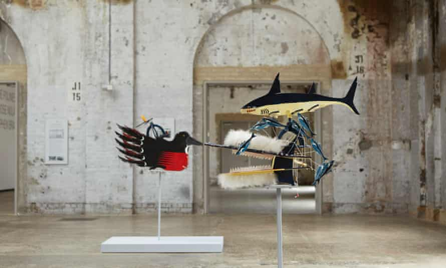 Ken Thaiday Hammerhead shark (beizam) headdress with bait fish (1996).