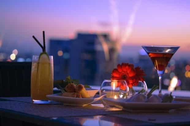 Cocktails at Shri