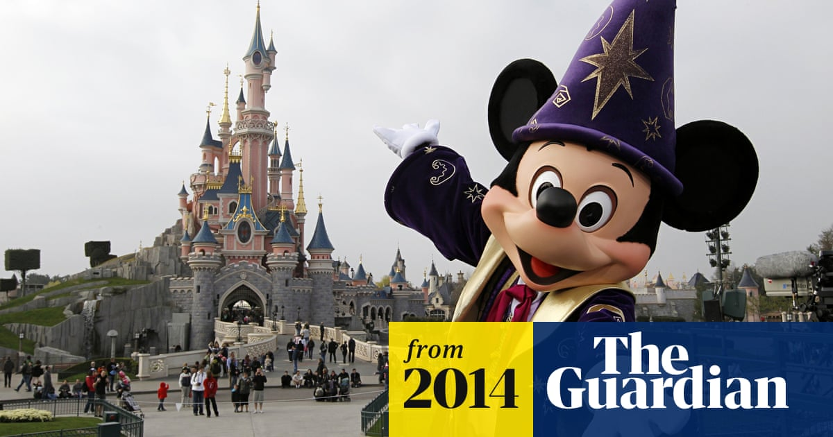 Disneyland Paris Forced To Ask For 1bn Emergency Rescue Film The Guardian