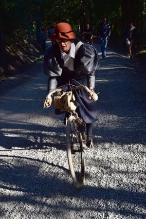 Cyclist in L'Eroica