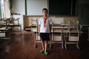"""Only child Wang Qi'an, who was born in 2003.  When asked if he would like to have siblings, Qi'an said: """"No because I have investigated all my classmates who have brothers or sisters. None of them perform well in their studies."""""""