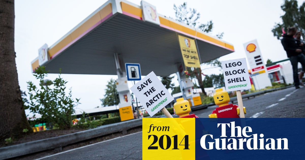 Lego ends Shell partnership following Greenpeace campaign