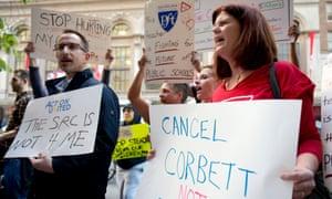 Protestors demonstrate against the Philadelphia school district.