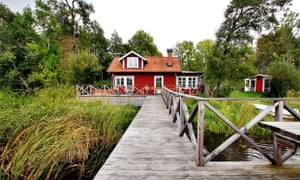 Cottage By The Lake, Sweden
