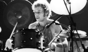Photo of Bill BRUFORD and KING CRIMSON