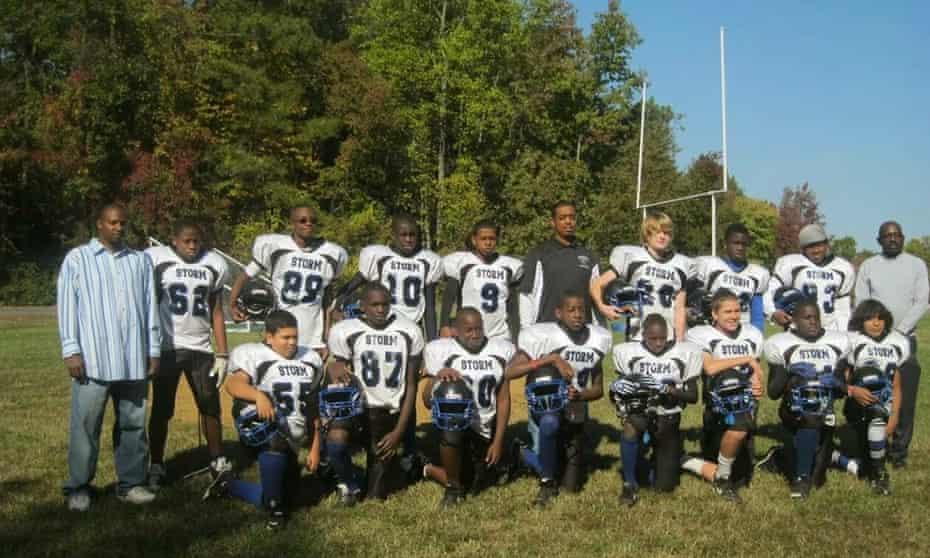 lennon lacy football team