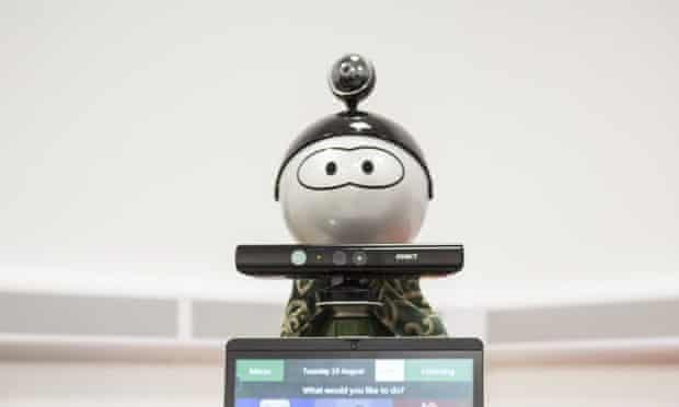 molly medical robot