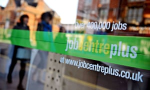 Unemployment figures rise in Britain