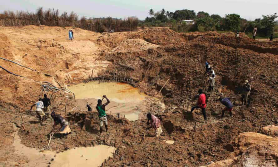 Diamond miners in eastern Sierra Leone.