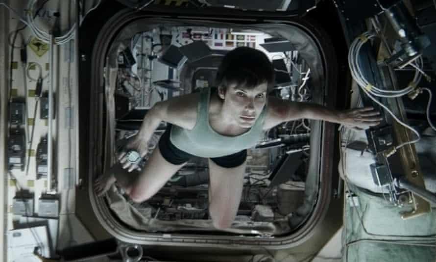 Sandra Bullock strips down in Gravity
