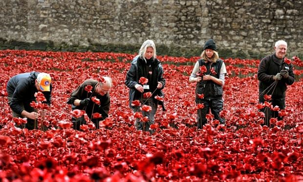 Bloodswept Lands The Story Behind The Tower Of London Poppies - Tower of london river of poppies