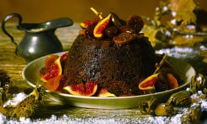 Steamed spiced fruit pudding