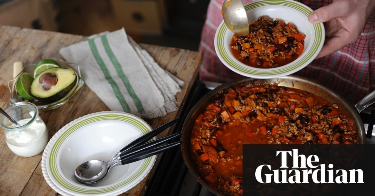 How to make chilli con carne food the guardian feel free to tinker with this good basic recipe for a chilli con carne forumfinder Choice Image