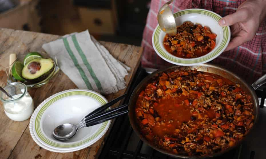 Feel free to tinker with this good basic recipe for a chilli con carne.