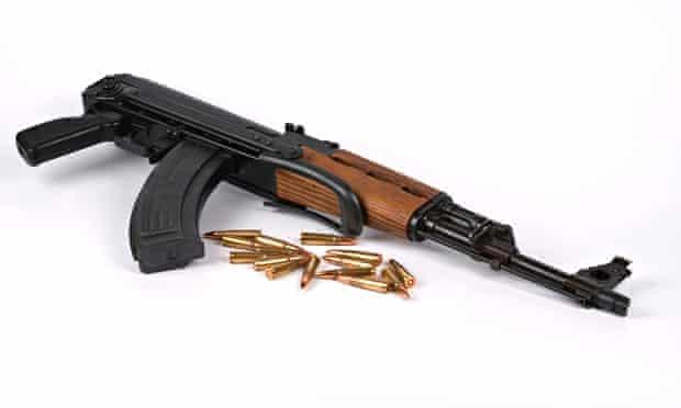 Denmark jihadists AK47