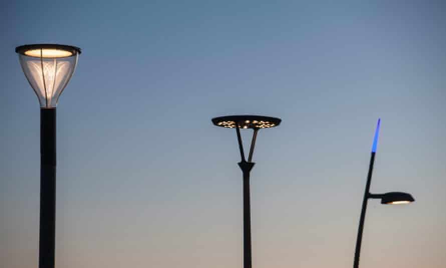 Smart street lights allow a city-wide insight into what is taking place within your lighting system, and allows you to communicate with it.