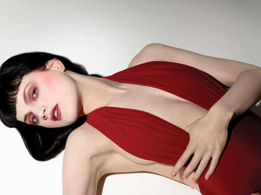 The Nars spring 2009 Campaign feat Guinevere Van Seenus