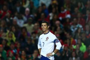 No goals yet for Cristiano in the Algarve stadium.