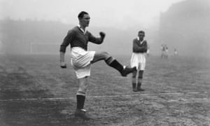 Alex Jackson warms up before a game between Chelsea and Aston Villa in the 1930-31 season.