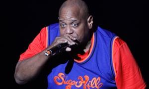 Henry Jackson –Big Bank Hank –on stage with microphone