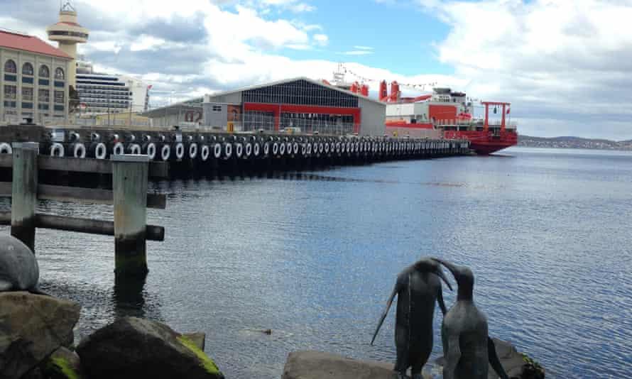 Chinese Antarctic icebreaker in Hobart
