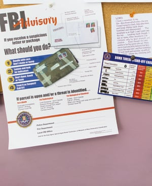 An FBI advice leaflet on what to do if you receive suspicious packages