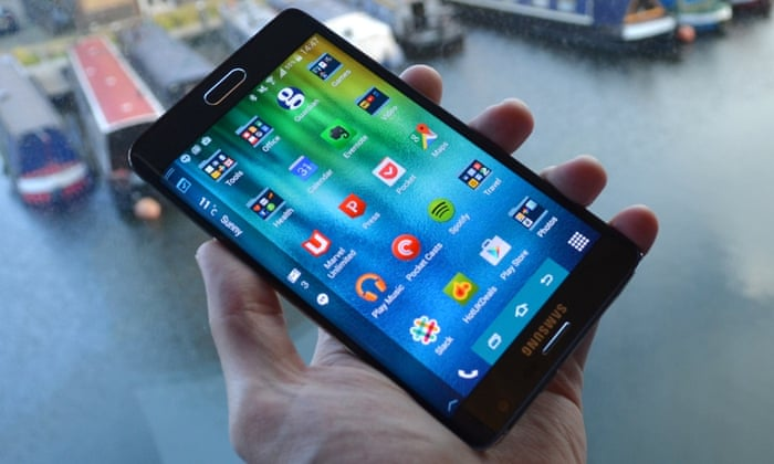 Samsung Galaxy Note Edge review: curved screen is more than
