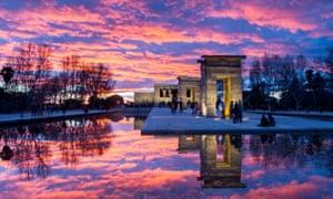 DRHMX2 Sunset in Templo de Debod, Madrid, Spain