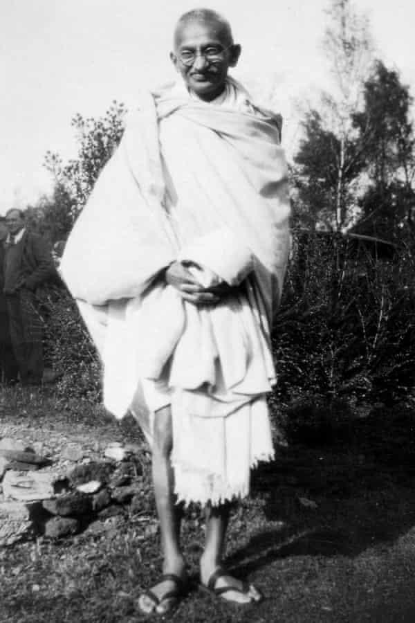 Roy portrays Gandhi as 'a backward-looking egomaniac'.