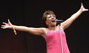 Dame Shirley Bassey performs at Glastonbury in 2007