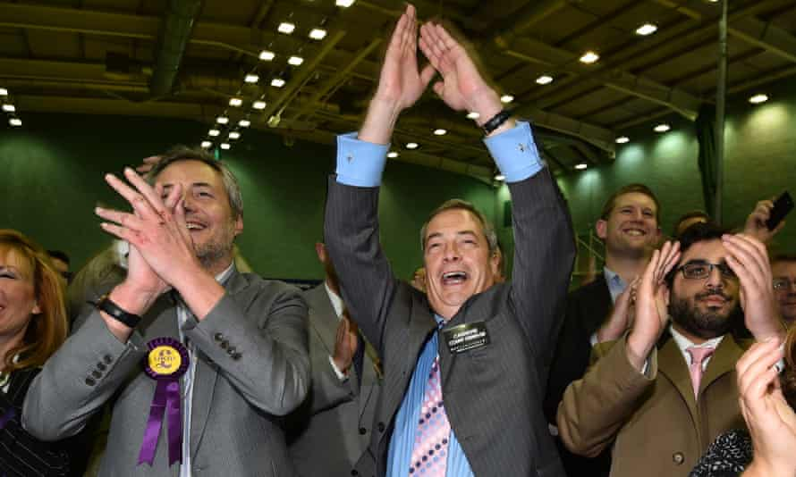 Ukip leader Nigel Farage (C) celebrates as Mark Reckless is announced winner of the Rochester and Strood byelection.