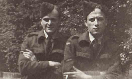Harry Leslie Smith (left) with RAF mate, Jack Williams