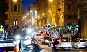 Traffic on Corso Vittorio Emanuele in Rome