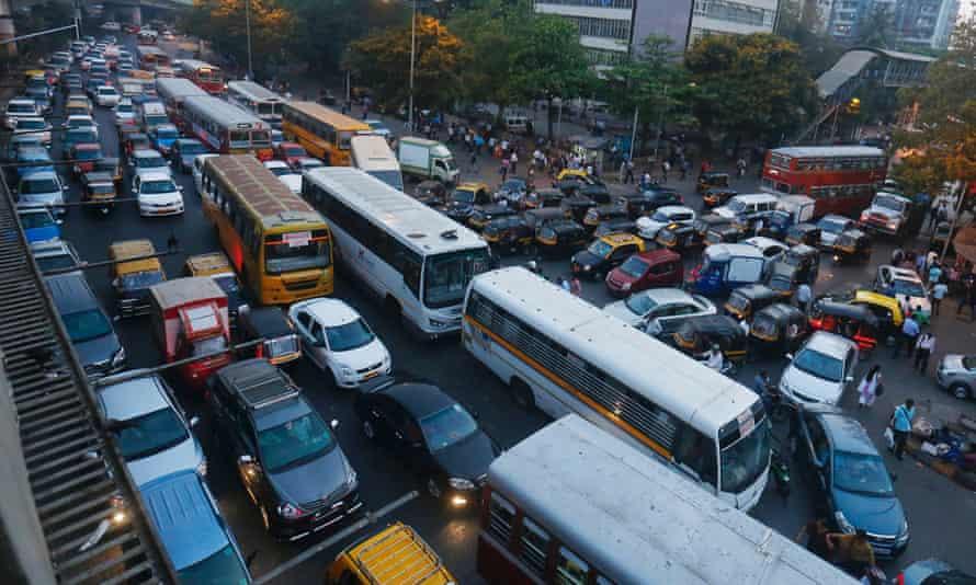 Typical Mumbai evening rush hour traffic in Bandra East.
