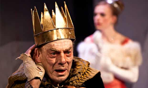 Alun Armstrong in Exit the King