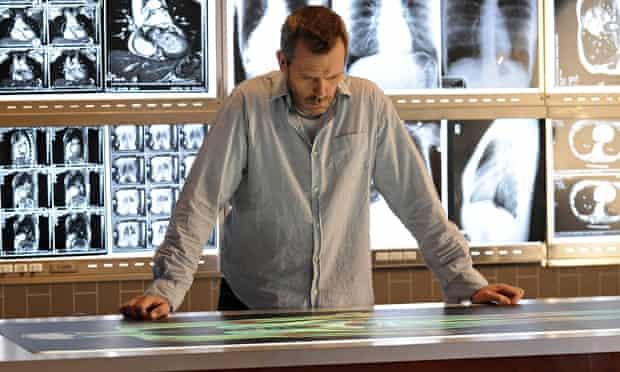 Hugh Laurie, heroic doctor in TV's House