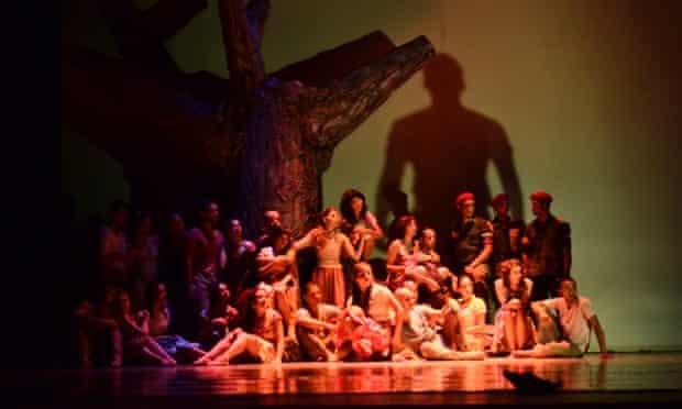 Hugo Chavez ballet