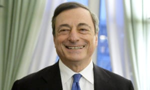 Mario Draghi (L), President of the European Central Bank (ECB).