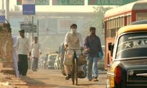 City traffic in Mumbai