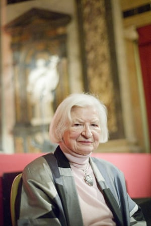 P.D. James the famous British novelist and life peer in the House of Lords is the honored guest of Quais du Polar, festival of crime fiction and thriller. -- The biggest crime fiction festival in western Europe, Quais du Polar recognized P.D. James, a 92 year old British author and Petros Markaris, a Greek writer. French novelists Hening Mankell, Harlen Coben and others were also present.