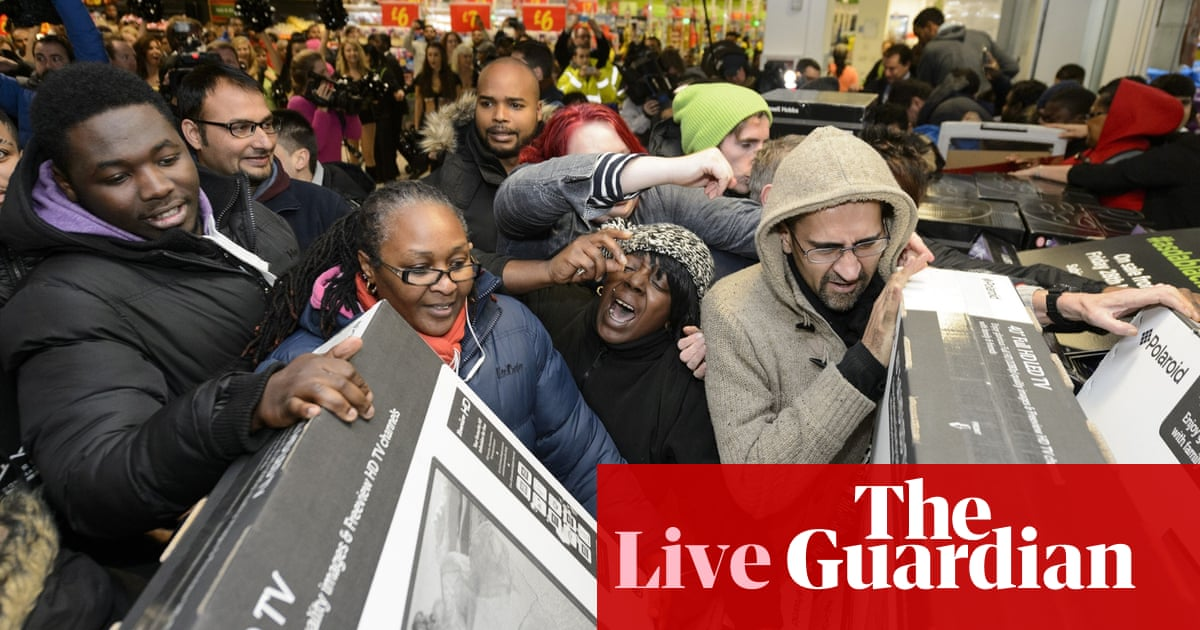 b03a3b08255ed Black Friday: police criticise Tesco after some stores see 'mini riots' -  as it happened | Business | The Guardian