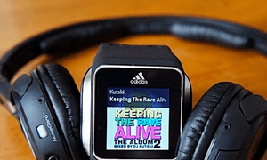 MixRadio's playlists will now be available for offline smartwatch play.