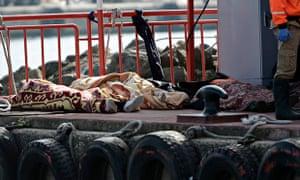 Mboatigrant boat capsizes off Istanbul